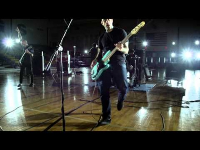 VIDEO: Rise Against - Make It Stop (September's Children)