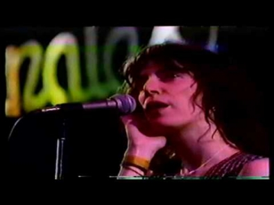 VIDEO: Patti Smith - Gloria (live)