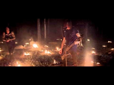 VIDEO: Blessthefall - You Wear A Crown But You're No King