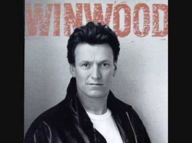 VIDEO: Steve Winwood - Roll With It