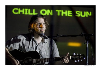 CHILL ON THE SUN live